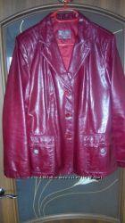 Кожаный пиджак в отличном состоянии