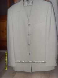 Класичний світлий костюм, 44 розмір