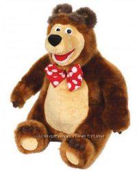 Миша с мультфильма Маша и медведь , есть Маша