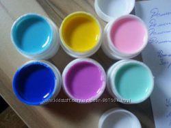 Гель для ногтей , разных цветов