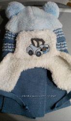 Зимняя шапочка с шарфиком  польской фирмы amal для мальчика