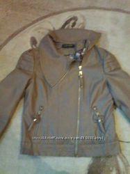 дуже класна курточка на весну-осінь