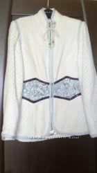 Классное короткое пальто в винтажном стиле