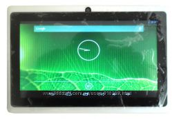 Планшет Q88 2 цвета  7 экран,  Android 4. 2. 2, Wi-Fi, 2 камеры