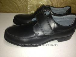 Новые кожаные туфли Фламинго р. 34 -22см, р. 37 -24, 3см, р. 39 -26см
