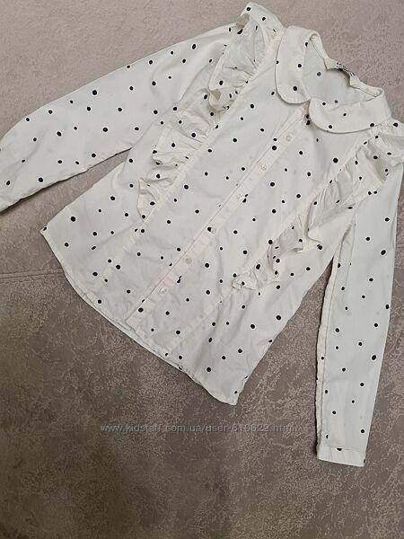 Красивая блузочка в горошек с рюшами