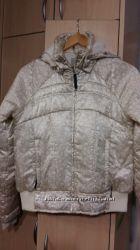 Весенняя курточка Reebok