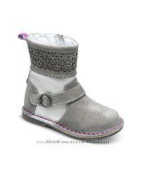Демисезонные сапоги ботинки 12см.