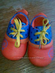 Яркие, мягкие туфельки размер 20