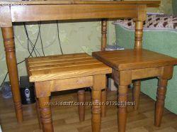 Продам деревянный стол и 4 стула