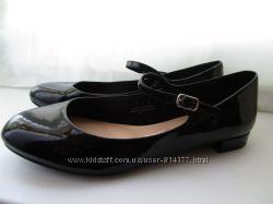 Лаковые туфли Англия стелечка 25см