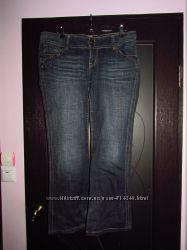 Жіночі джинси.