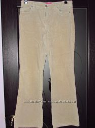 Жіночі джинси в дуже хорошому стані.