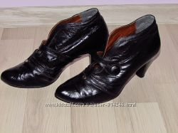 Черевички-туфлі жіночі. Шкіра. Виробник Польша.