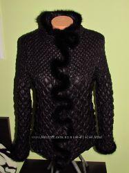 Демі курточка з натур. хутром норки розмір 50
