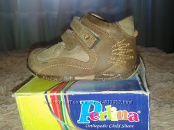 Детские ботиночки PERLINA - кожа