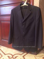 Стильный деловой муж костюм