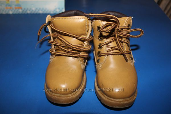 Классные демисезонные ботинки Demo Max