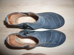 Деми ботинки кожа на резинке на молнии 37 р 23, 5 см Moshulu Англия
