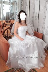 Свадебное платье цену снизила