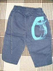 Багато штанішок, джинсиків