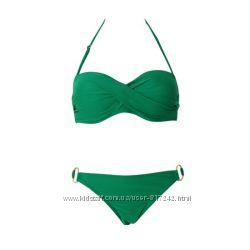 Зеленый купальник с кольцами пуш ап