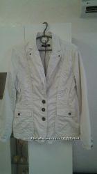 легкая куртка пиджак More&More р. М