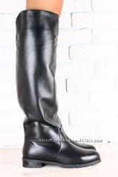 Женские кожаные сапоги на низком ходу