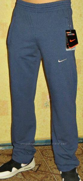 Летние спортивные штаны Nike прямые с вышивкой.