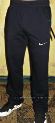 Спортивные штаны Nike  полу-боталы. Лето .  прямые, на манжете