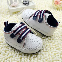 Обувь  для малышей  с мягкой подошвой