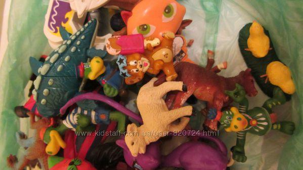 игрушки из Киндерсюрприза
