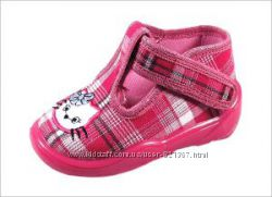 RAWEKSПольща текстильне взуття-акційні ціни