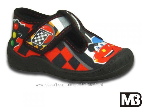 Текстильная обувь МВ (Польша)