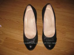 Кожаные туфли в отличном состоянии