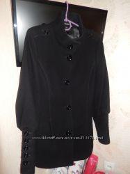 Продаю пальто 46 размера, производитель Италия