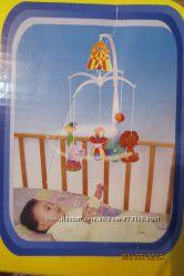 Мобиль на кроватку с мягкими игрушками, НО без музыки