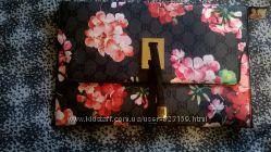 Женская сумка Carpisa и сумка-клатч
