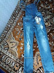 Комбинезон джинсовый ТМ Stradivarius