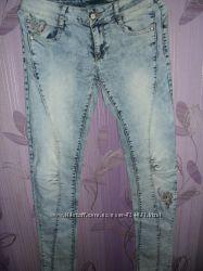 Новые класнючие джинсы глория джинс р. 29