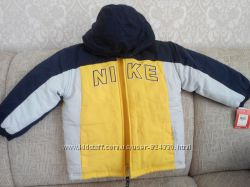 Нова куртка Nike на 6 р