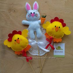 Пасхальный кролик и цыплята из фетра украшалки ручная работа
