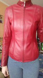 Кожаная коротенькая курточка