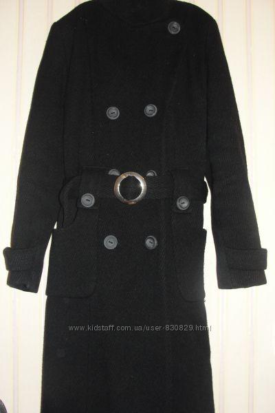 Классическое черное теплое пальто
