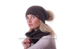 Комплекты снуд-шапка енотовый помпон шерсть цвета