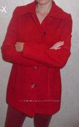 Пальто весна-осень красное
