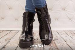 ботинки с натуральной кожи лаковая