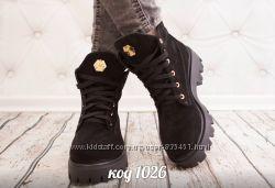 черние ботинки с натуральной замши