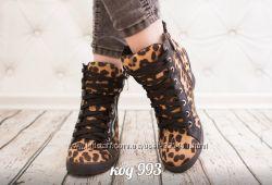 сникерсы леопардовые