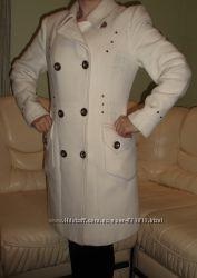 Кашемировое пальто. Очень нарядное , классический пошив.